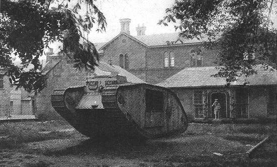 WW1 Tank, Palace Green